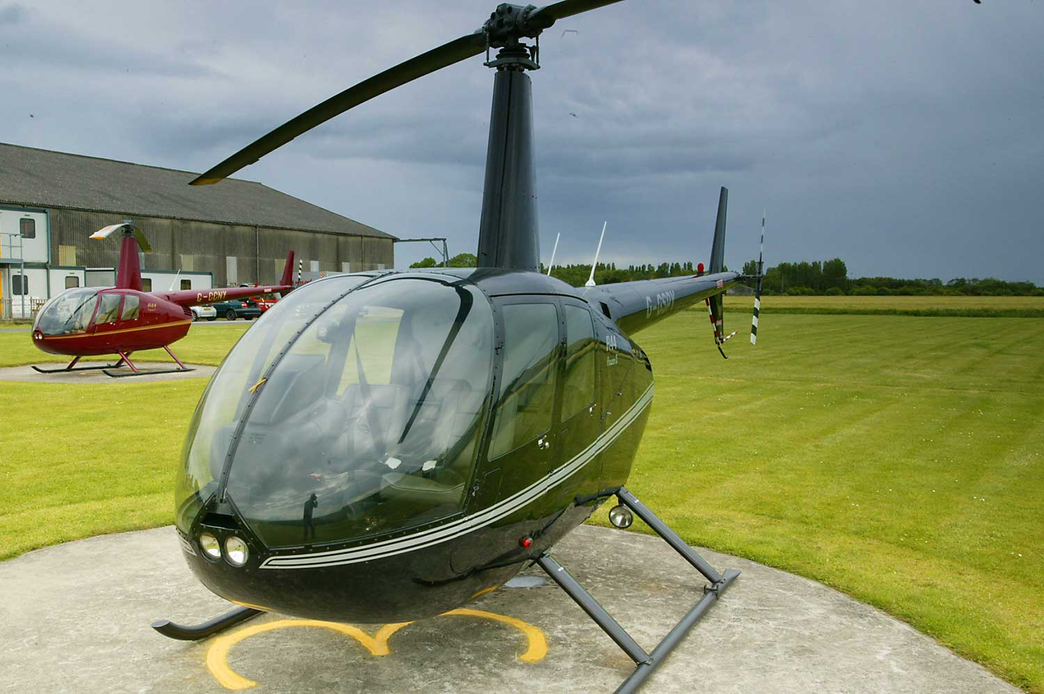r44 helicopter for sale uk with Helicopter Pol Training Yorkshire Robinson R44 on 361 also Helicopter Pol Training Yorkshire Robinson R44 besides G Wwow Private Robinson R44 Astro Raven likewise Stock Photo Robinson R44 Raven Four Seat Private Helicopter 8767841 likewise Military Reveals Revolutionary Pilotless Cargo Drone Deliver Supplies Territories Plagued Roadside Bombs.
